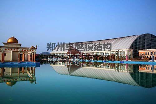 中国死海漂浮中心
