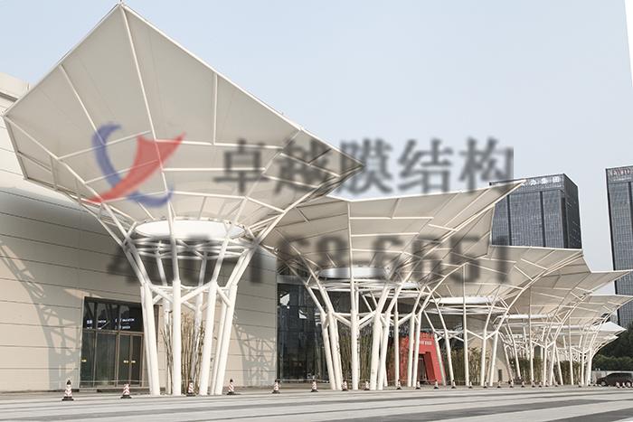 南昌经开区航海东路保税区中大门摩臣5娱乐案例